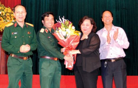 Truong Sa luon in dam trong trai tim nguoi Ha Noi - Anh 1
