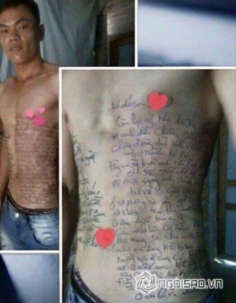 Tuan Hung xuc dong khi fan khoe hinh xam than tuong tren chan - Anh 3