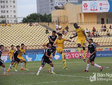 Truc tiep tu ket luot ve Cup Quoc gia TP. Ho Chi Minh vs SLNA - Anh 1