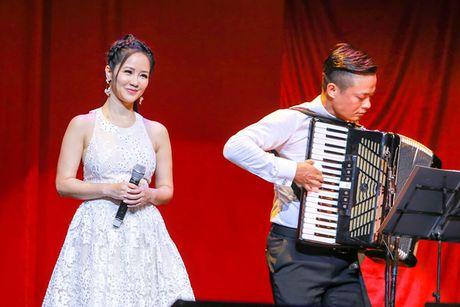 Bang Kieu thang hoa cung Hong Nhung trong 'Tuoi tho toi' - Anh 3