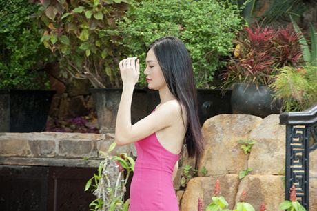 Giam khao 'The Face' Minh Tu dau kho vi 'nguoi thu ba' trong phim moi - Anh 3