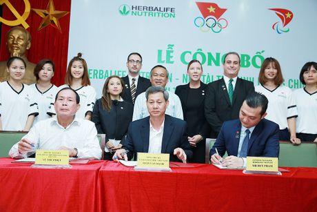 Herbalife thuong nong cho VDV Viet Nam tai SEA Games 29 - Anh 1