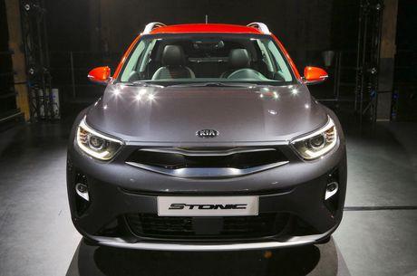 Kia Stonic - doi thu nang ky cua Ford Ecosport ra mat - Anh 2