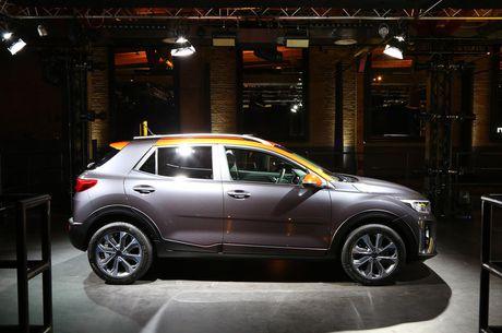 Kia Stonic - doi thu nang ky cua Ford Ecosport ra mat - Anh 3
