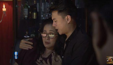 Ban an trum Phan Quan danh cho 2 nhan vat 'Song chung voi me chong' - Anh 1