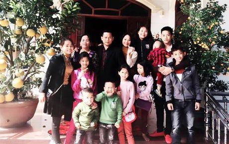 Tin moi san phu 45 tuoi co 13 con, vao Sai Gon sinh them 2 be - Anh 2