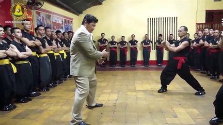 Cao thu Vinh Xuan Quyen va Nam Huynh Dao: Dau vo hay dau khau? - Anh 2