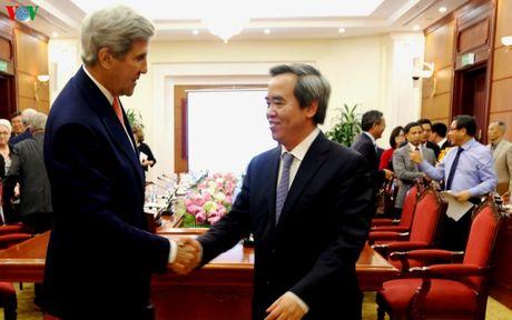 Ong Nguyen Van Binh tiep Nguyen Ngoai truong Hoa Ky John Kerry - Anh 1