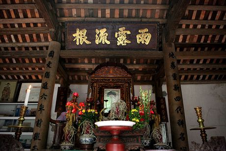 Ngam 'ao                                                          thu, ngo truc'                                                          trong chum tho                                                          Thu cua Nguyen                                                          Khuyen - Anh                                                          7