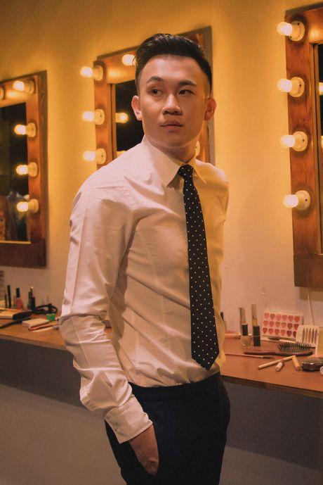 Dam Vinh Hung tai hien Sai Gon xua trong liveshow Bolero 'khung' - Anh 4