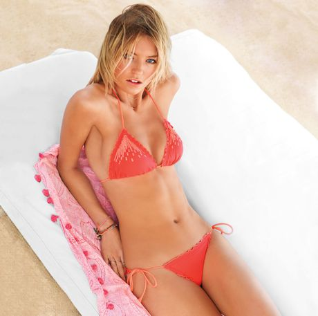 Nhung thuoc hinh bikini song dong nhat cua Martha Hunt - Anh 4