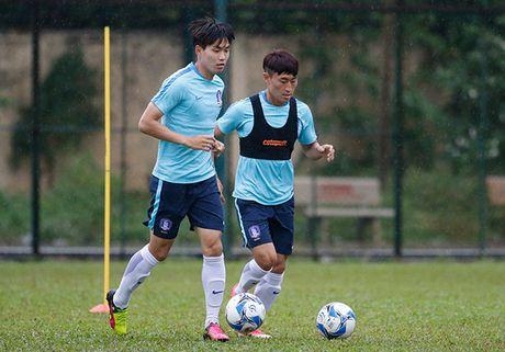 """Dau Cong Phuong, """"hotboy"""" U23 Han Quoc bi mat luyen cong - Anh 1"""