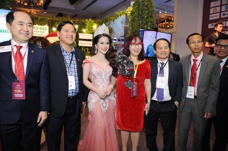 Hoa hau Le Thanh Thuy khoe nhan sac long lay va nu cuoi hut hon - Anh 5