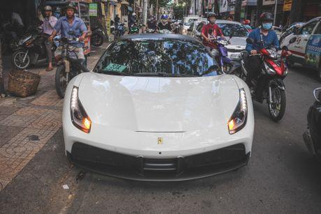Ferrari 488 GTB cua Cuong Do La xuat hien sau khi ban ve Tien Giang - Anh 2