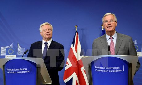 Anh to thai do khong san sang, EU can nhac ngung dam phan ve Brexit - Anh 1