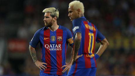 CHUYEN NHUONG (18.7): M.U 'tong co' Martial, Neymar muon roi Barcelona - Anh 1