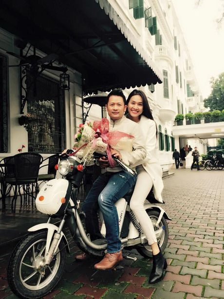 Hau chia tay, Bang Kieu va Duong My Linh hanh dong trai nguoc - Anh 5