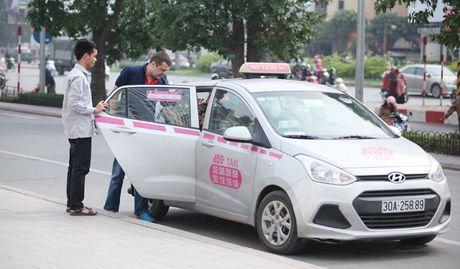 Grab, Uber chiu muc thue khac taxi truyen thong nhu the nao? - Anh 2