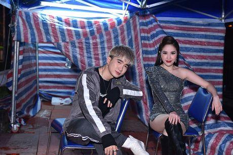 Thuy Tien khoe dang nuot na, gay hieu lam vi do qua bo - Anh 10