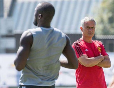 Ban thang dau tien cua Lukaku cho MU khong co y nghia voi Mourinho - Anh 1