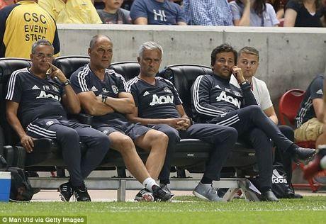 Ban thang dau tien cua Lukaku cho MU khong co y nghia voi Mourinho - Anh 3