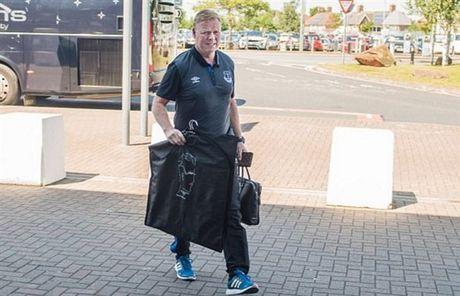 Rooney va dan sao Everton met moi di chuyen toi Ha Lan - Anh 5