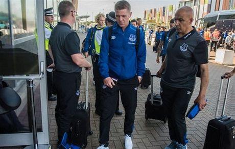 Rooney va dan sao Everton met moi di chuyen toi Ha Lan - Anh 7
