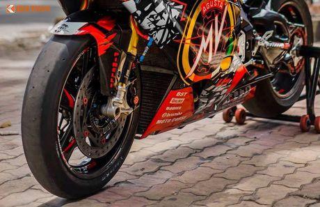 Sieu moto MV Agusta F4RR gia 1,3 ty doc nhat VN - Anh 3