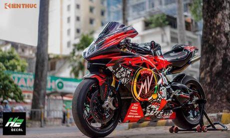 Sieu moto MV Agusta F4RR gia 1,3 ty doc nhat VN - Anh 6