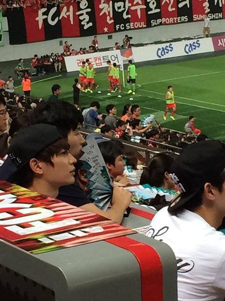 Nhung hinh anh cho thay mot 'dac quyen' ma chi fan Kpop o Han moi co - Anh 7