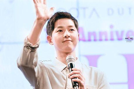 Tiet lo hinh anh cua Song Joong Ki thoi dai hoc gay chu y - Anh 1