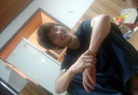 Tiet lo hinh anh cua Song Joong Ki thoi dai hoc gay chu y - Anh 5