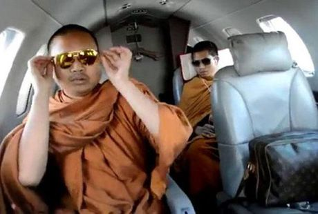 My cho phep Thai Lan dan do nha su 'dai gia' an choi khet tieng ve nuoc - Anh 1
