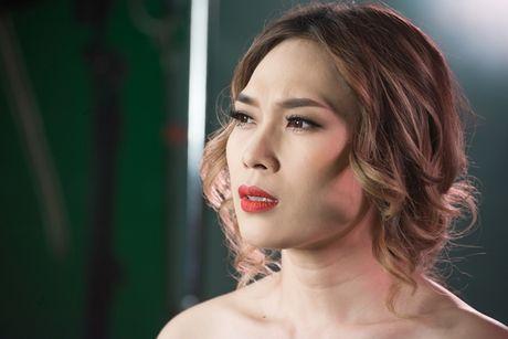 4 diem khien MV cua My Tam moi ra da 'gay bao' - Anh 1