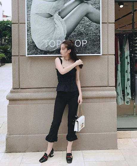 Street style 'khong co gi de che' cua sao Viet tuan thoi tiet that thuong - Anh 3