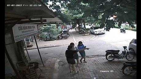 Pho Chu tich quan dau xe an bun: Chua du co so de nhan xet thai do - Anh 1