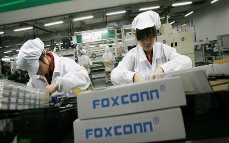 Foxconn tham vong thoat khoi cai bong cua iPhone - Anh 1