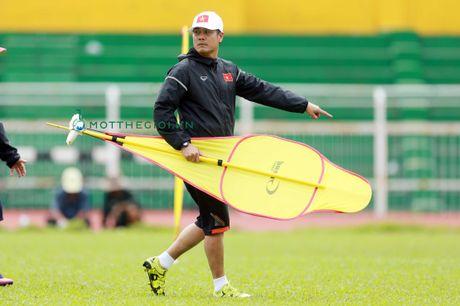 Nguyen Huu Thang va nga re o phia cuoi con duong - Anh 2