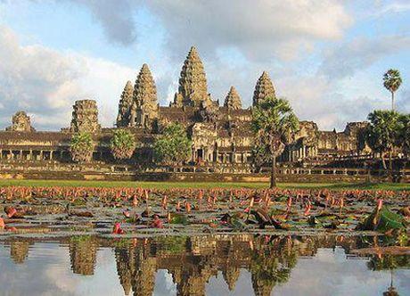 Angkor - Quan the kien truc doc dao cua Campuchia - Anh 1
