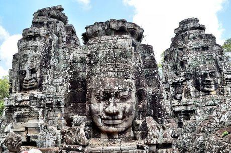 Angkor - Quan the kien truc doc dao cua Campuchia - Anh 2