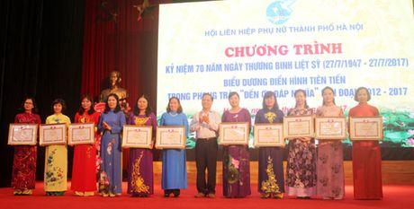 Phu nu Ha Noi chung tay den on dap nghia - Anh 1