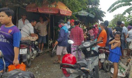 Nguoi phu nu tu vong bat thuong trong phong tro - Anh 1