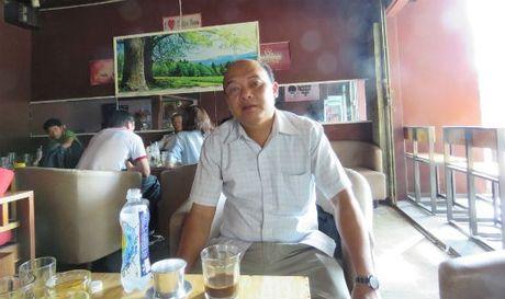 Vu 'nguoi dan ong mang noi ham oan di tim cong ly' o Kon Tum: Cam on bao Cau chuyen phap luat da dong hanh - Anh 1