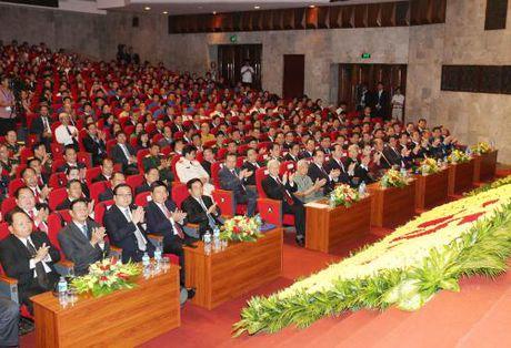 Tong Bi thu Nguyen Phu Trong: Quan he Viet - Lao 'mai mai vung ben hon nui, hon song' - Anh 2