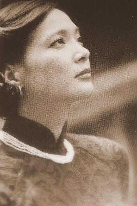 Nhan sac Nghe si Nhan dan Le Khanh qua thoi gian - Anh 5