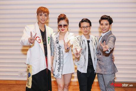 Vay ao 'sang chanh', Huong Tram khoe sac giua dan 'soai ca' The Voice Kids - Anh 1
