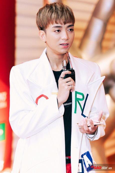 Vay ao 'sang chanh', Huong Tram khoe sac giua dan 'soai ca' The Voice Kids - Anh 4