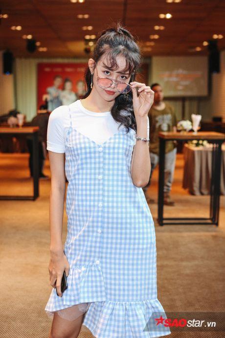 Vay ao 'sang chanh', Huong Tram khoe sac giua dan 'soai ca' The Voice Kids - Anh 11