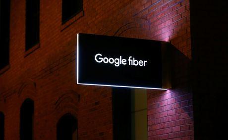 CEO cua du an Google Fiber tu chuc sau 5 thang nhan nhiem vu - Anh 1