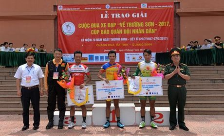 Anh em tay dua Le Van Duan, Le Nguyet Minh deu gianh giai o Chang 4 - Anh 6